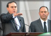 Javier Garfio Pacheco y Marco Quezada